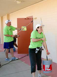 EnduraMax & Oldcastle Architectural Teams Volunteering to Paint Green Schoolhouse