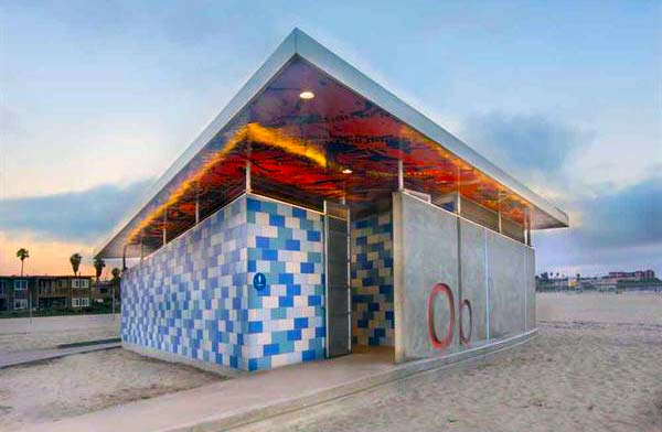 Ocean Beach Comfort Station Built with Astra-Glaze SW+ CMUs